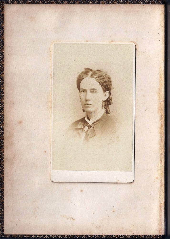 SKETCHES, LIFE THOUGHTS AND INCIDENTS. Harriet MEREDITH, EARLY PHOTOGRAPHY.